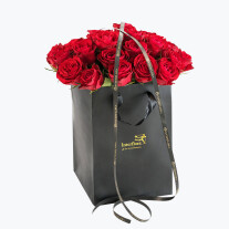 30 Red Roses In A Gift Bag