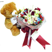 Teddy & bouquet